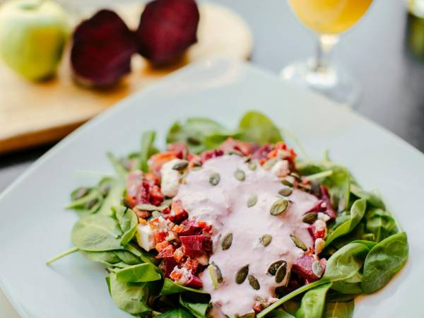 Gvozdena salata